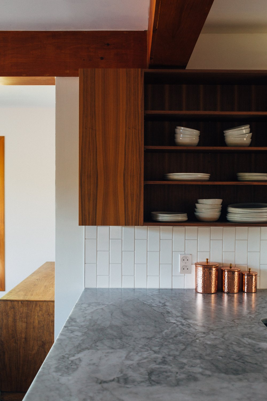 как сделать розетки на кухне
