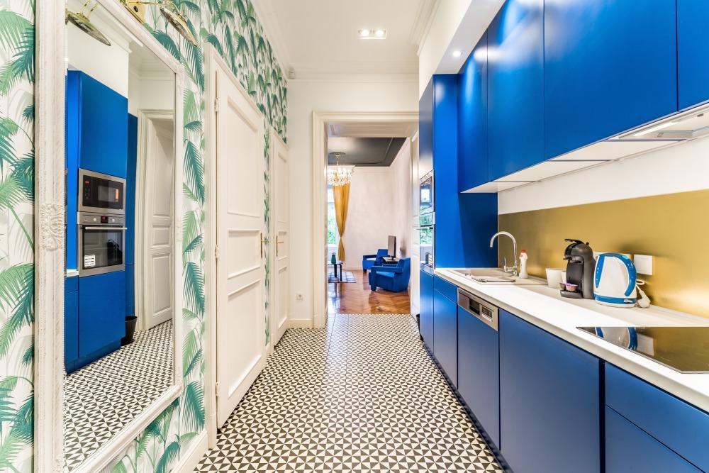 обои на всю кухонную стену, обои для кухни, обои на кухне листья