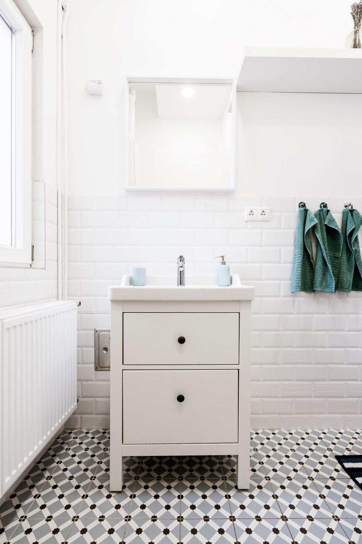 плитка с рисунком реверберации, плитка в ванной с рисунком, пол с рисунком в ванной