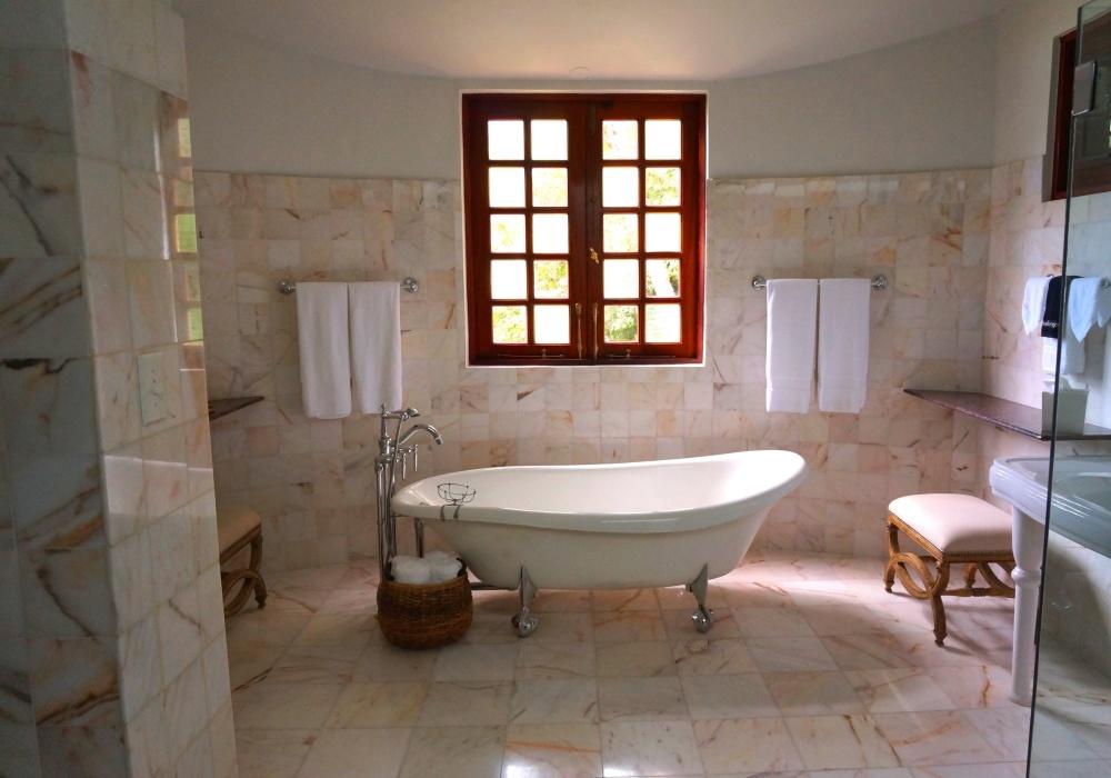 25 Pomysłów Na Brązowe łazienki Z Czym łączyć Brąz