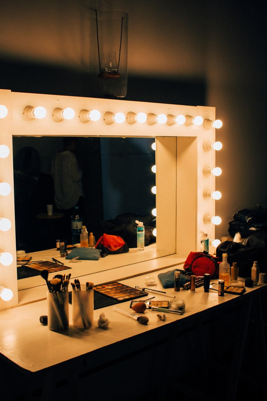 Oświetlenie W Sypialni Nie Tylko Nad łóżkiem Dekoportalpl