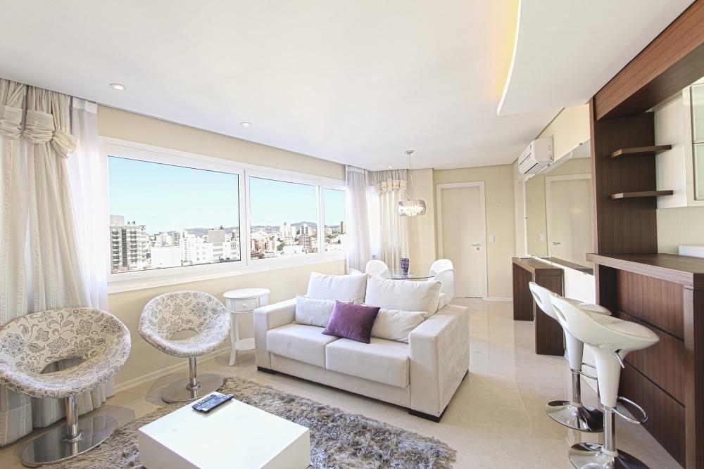 белая гостиная со столом, белая гостиная со столовой, маленькая белая гостиная