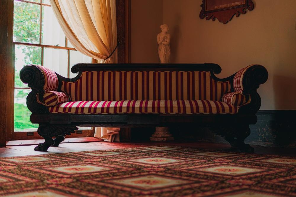 Мебель в парижском стиле, мебель во французском стиле, диван в парижском стиле